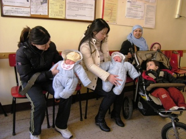 Le donne straniere scelgono l'Italia per partorire i loro bambini, ecco perchè