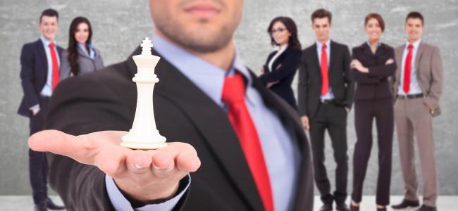 """""""Comandare è fottere"""": le regole non scritte per la scalata al successo"""