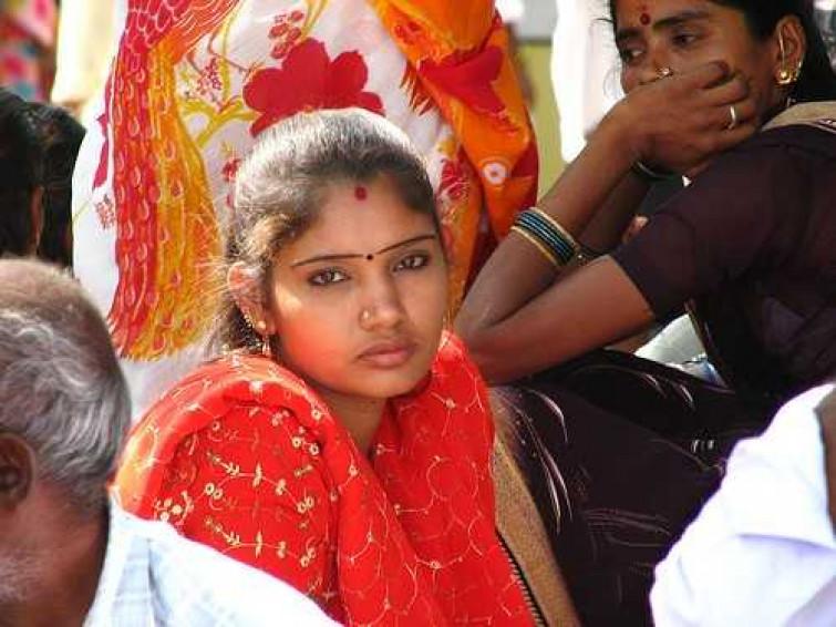 India, tre donne violentate ed uccise una di soli 9 anni: lo scempio continua