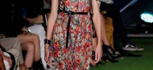 Si avvicina la Primavera, tutte le tendenze moda 2015: stile etnico, colori vivaci, stampe astratte