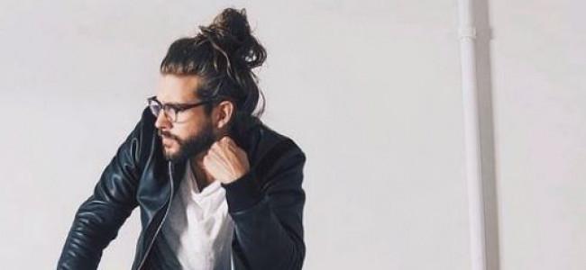 Uomini con lo chignon: la nuova tendenza lanciata su Instagram [GALLERY]