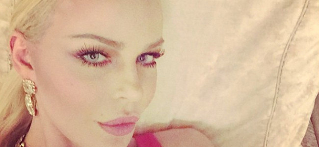 Nina Moric tenta il suicidio, ma lei smentisce sui social: