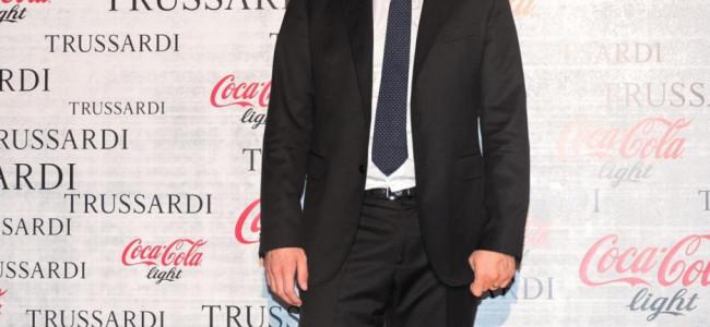 Trussardi veste lattine e bottiglia Coca-Cola: le foto dell'evento