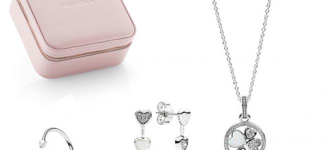 Pandora celebra la festa della mamma con la collezione Cuori d'Amore