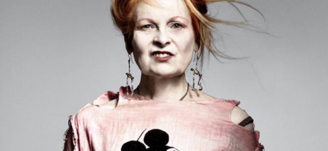 Vivienne Westwood lancia una serie di t-shirt in linea con il suo spirito da attivista