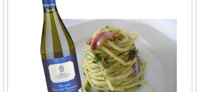 Spaghetti alici, melanzane e pan grattato: il mediterraneo in un piatto facile da cucinare