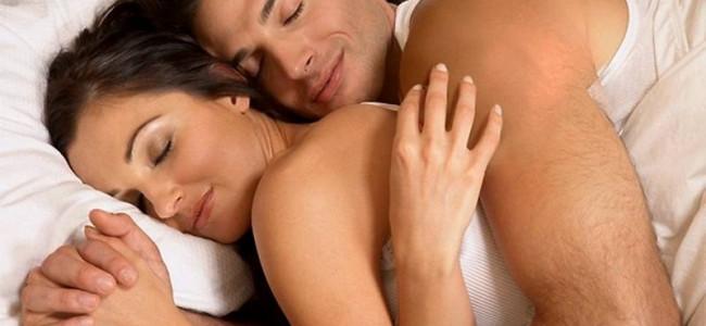 L'elisir per un amore longevo? Più di 7 ore di sonno a notte