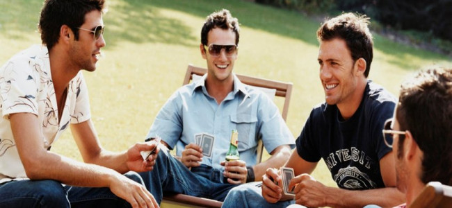Ricerca: i maschi sono più soddisfatti delle amicizie rispetto all'amore