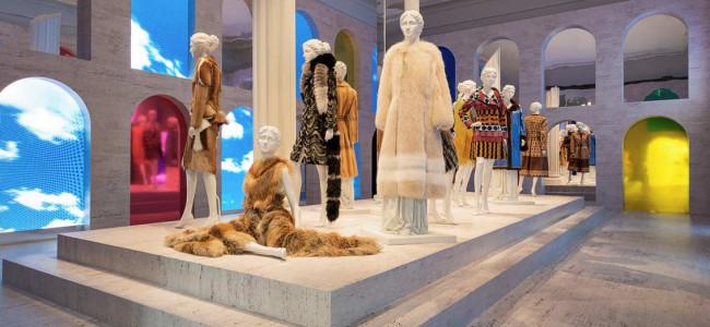 Tra film e pellicce, la Maison Fendi rende omaggio al cinema al Palazzo della Civiltà di Roma