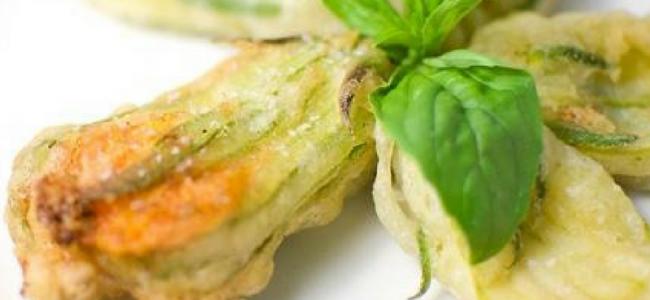 Fiori di zucca ripieni, una ricetta molto semplice quanto gustosa