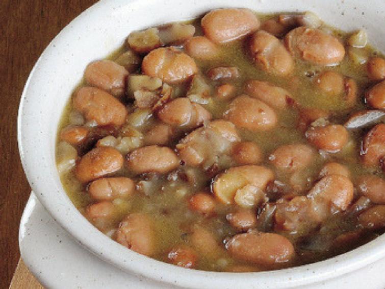 Zuppa di fagioli e castagne: una ricetta gustosa e nutriente