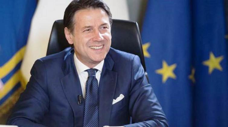 Giuseppe Conte: Il premier più bello d'Europa
