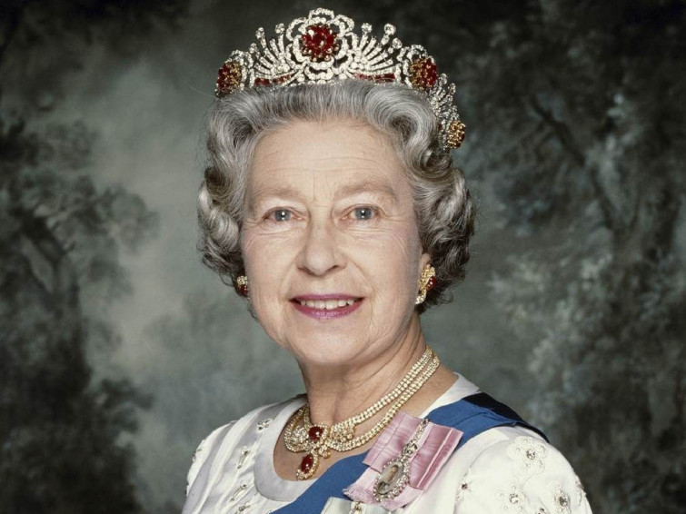 Habby Birthday Queen Elisabeth II