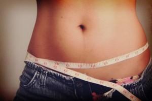 Pancia-piatta-dopo-il-parto-esercizi-e-dieta-per-tornare-in-forma