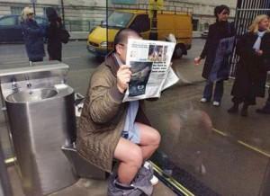397786_Interno-Bagno-Pubblico-Londra specchi