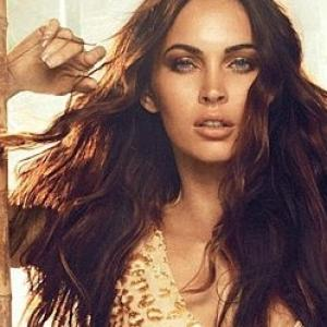 megan fox avon (3)