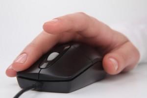 key--mano-sul-mouse--clic--lavoro_3256354