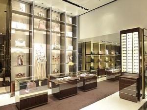 Gucci_store_Bari_Ufs--400x300