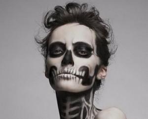 Un-trucco-halloween-terrificante