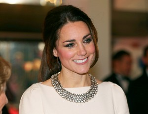 1386278943_453792373_kate-middleton-zoom