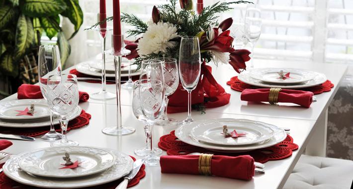 Regole di bon ton per pranzi e cenoni all 39 insegna del buon gusto mitindo - Bon ton a tavola ...