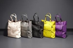 refined-functionality-bottega-veneta-drap-calf-tote