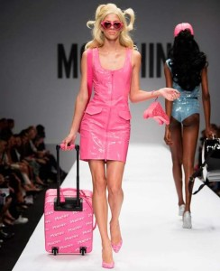Moschino primavera-estate 2015 Urban Style