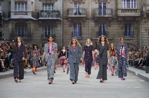 Chanel collezione Prêt-à-Porter Primavera-Estate 2015 2