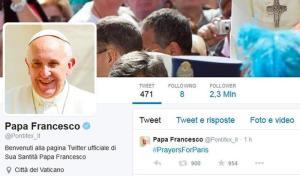 "Charlie Hebdo: Papa lancia hashtag ""preghiere per Parigi"""