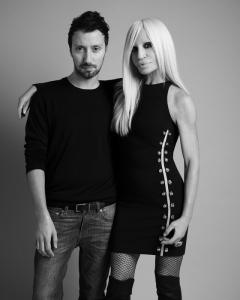 Anthony Vaccarello e Donatella Versace