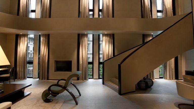 Armani Hotel , Milano