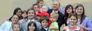 catanzaro-16-figli-anania-family_jpg