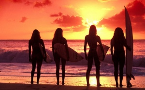 surf-girls-920-36