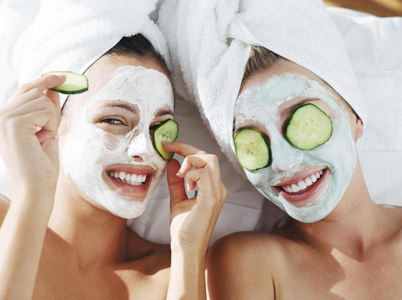 Se è possibile mettere maschere a una faccia ogni giorno