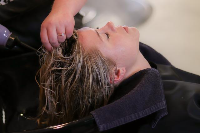 lavare-capelli